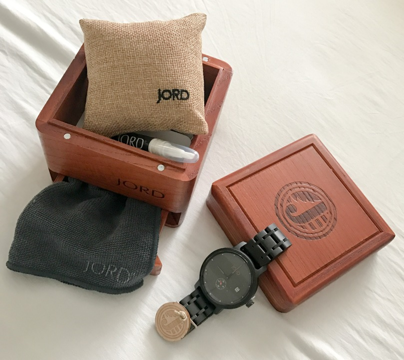 Jord Watch Hyde Collection Ebony